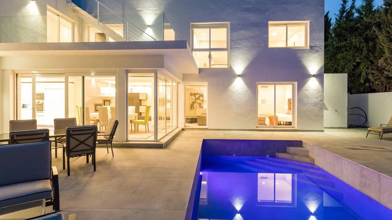 Maison de luxe, entièrement rénovée – Nueva Andalucía Marbella