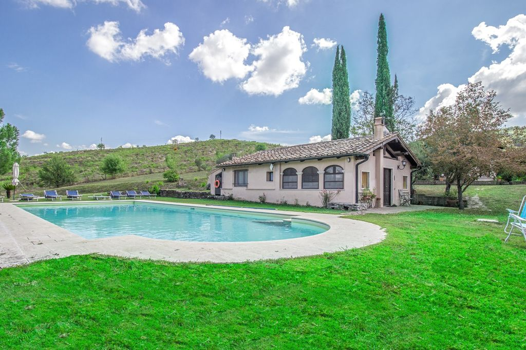 magnifique propriété bordant le terrain de golf 315 mètres carrés
