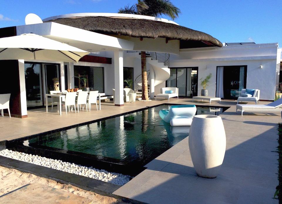Villa de 3 Chambres de 270 m² à Vendre à Pointe aux Piments
