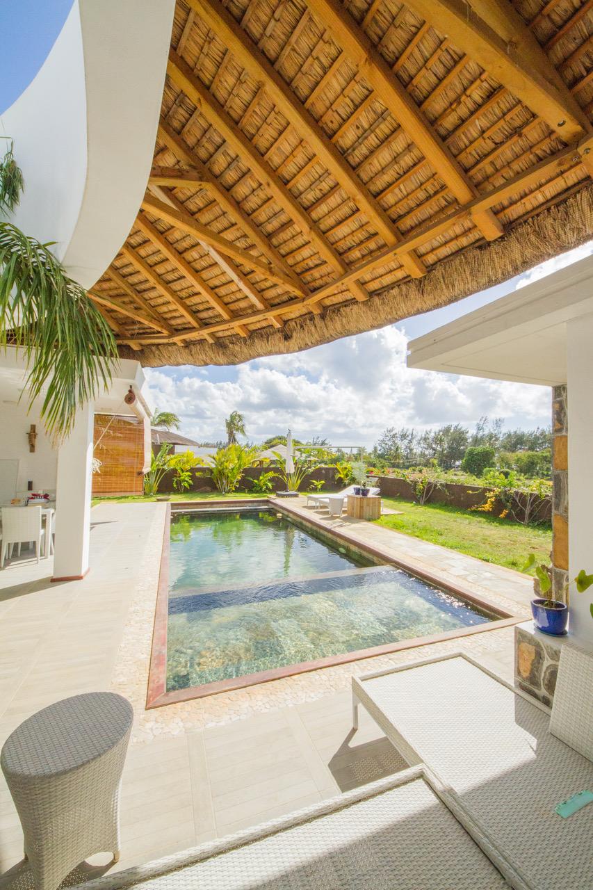 Contemporaine très chic Spacieuses soigneusement conçues villa de 867 m2