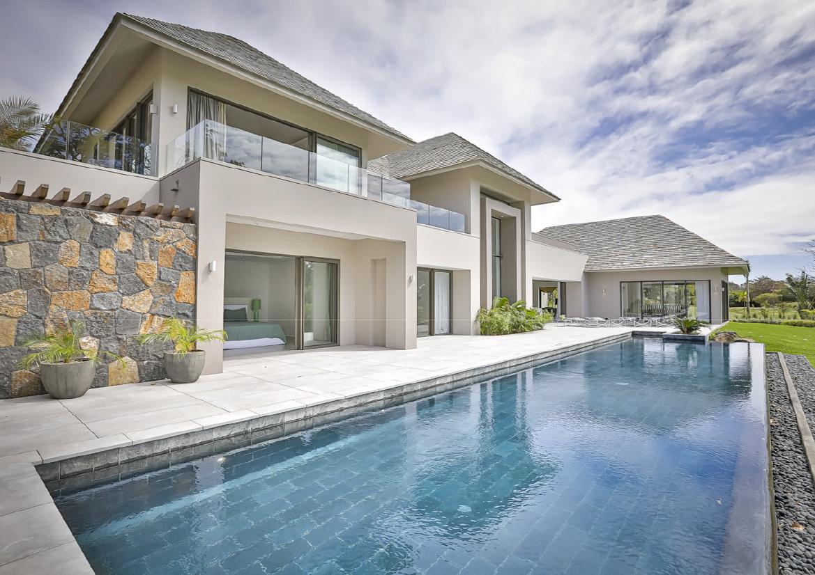 Somptueuse villa 572 m² magnifique vue sur le parcours de golf Anahita