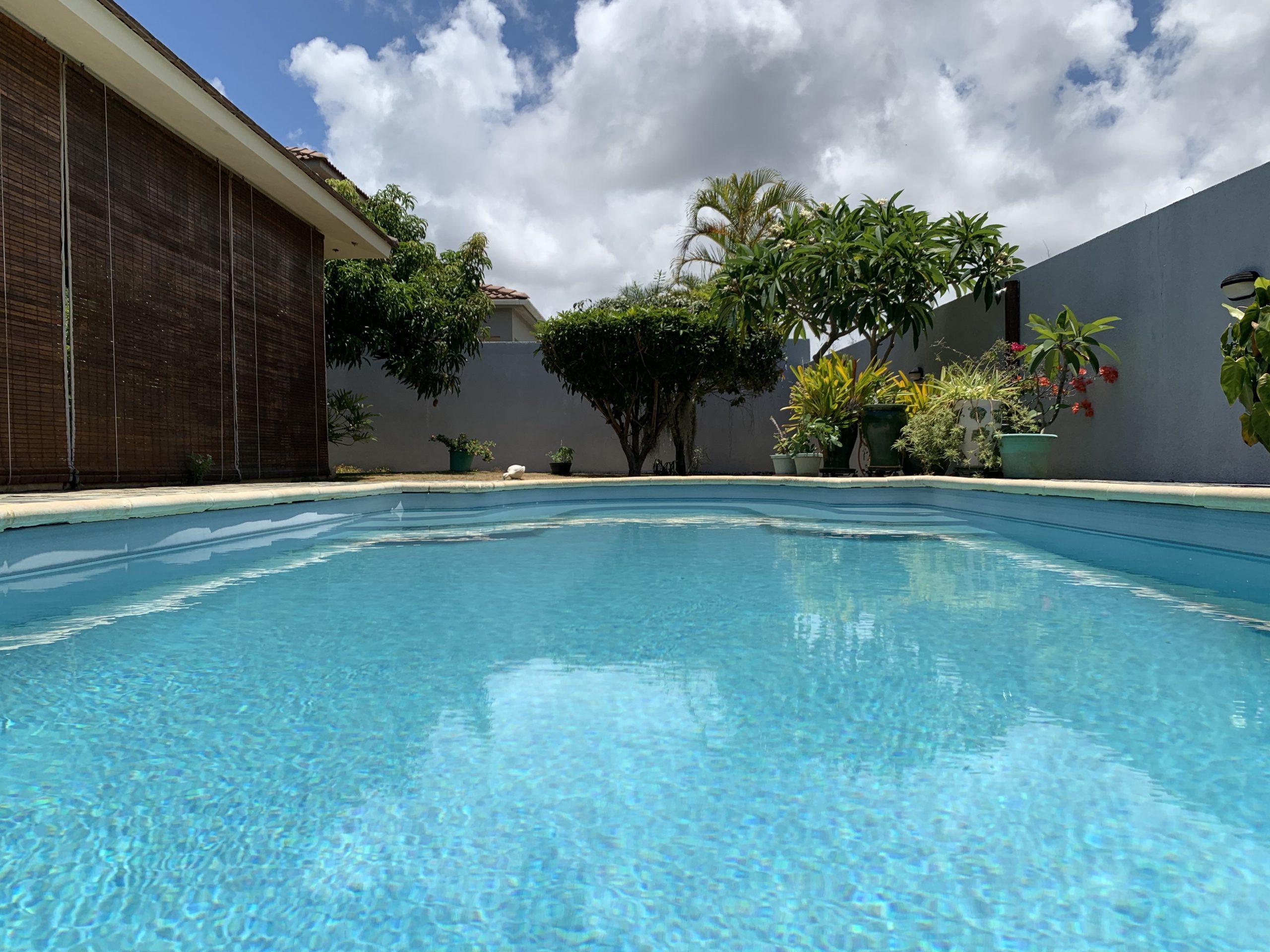 Jolie villa sécurisée avec vue sur mer et les îles du Nord à Calodyne