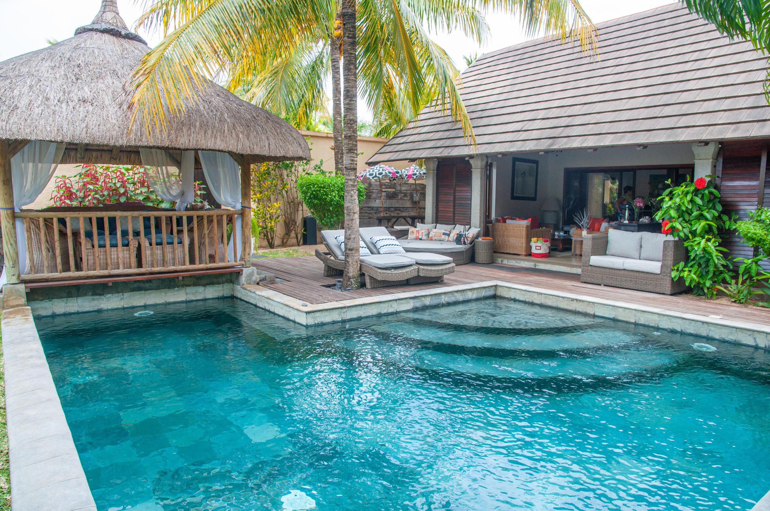 Villa individuelle de 350 m2 sur un terrain de 723 m2 dans un complexe résidentiel